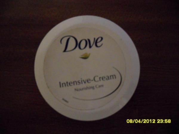 Интенсивный увлажняющий крем Dove
