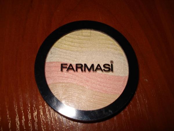 Светоотражающая компактная пудра Farmasi Star Highlighting Powder