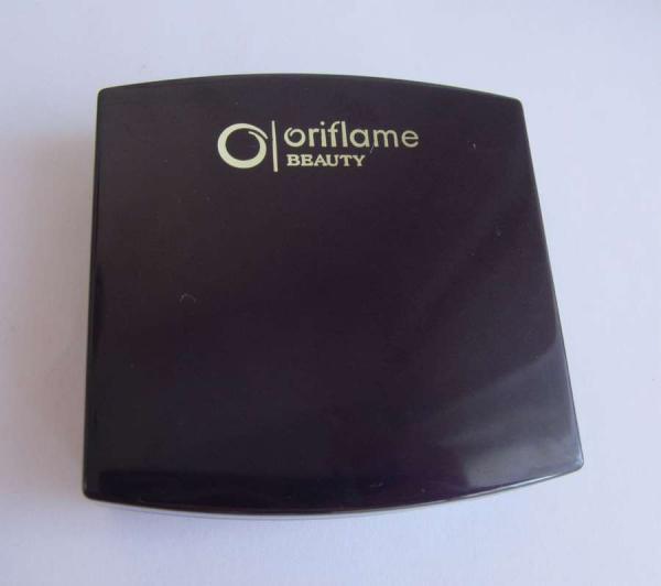 Матирующая компактная пудра «Блеск контроль» от Oriflame