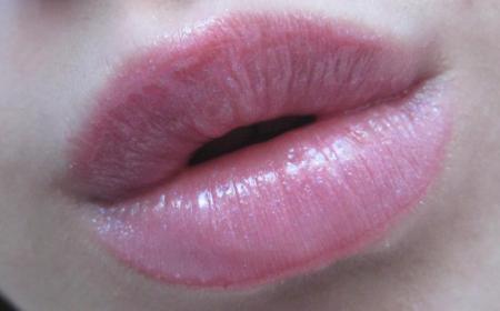 Блеск для губ от AVON